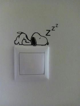 Adesivo de parede para Interruptor Snoopy Vinil Adesivo 8 x 5 cm   Refile Especial