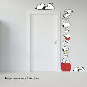 Adesivo para Porta Snoopy Vinil Adesivo    Refile Especial